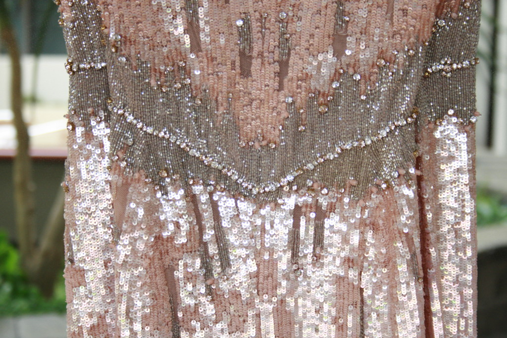 A Closer Look at Jenny Packham\'s Blush Sequin Gown | Repli-Kate It